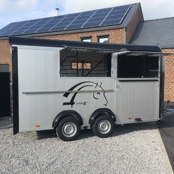 CHEVAL LIBERTE Van 4 chevaux OPTIMAX